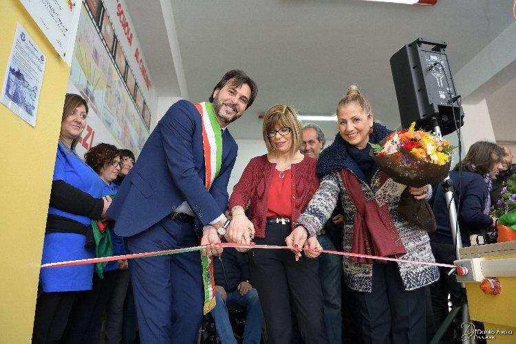 https://www.ragusanews.com//immagini_articoli/24-03-2018/vittoria-inaugurata-palestra-plesso-rosario-500.jpg