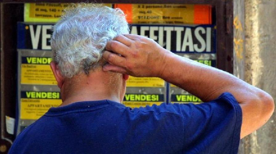 http://www.ragusanews.com//immagini_articoli/24-04-2014/morosita-incolpevole-per-chi-non-riesce-a-pagare-laffitto-500.jpg