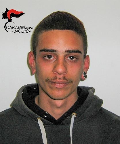 http://www.ragusanews.com//immagini_articoli/24-04-2016/droga-arrestato-biagio-giugno-500.jpg