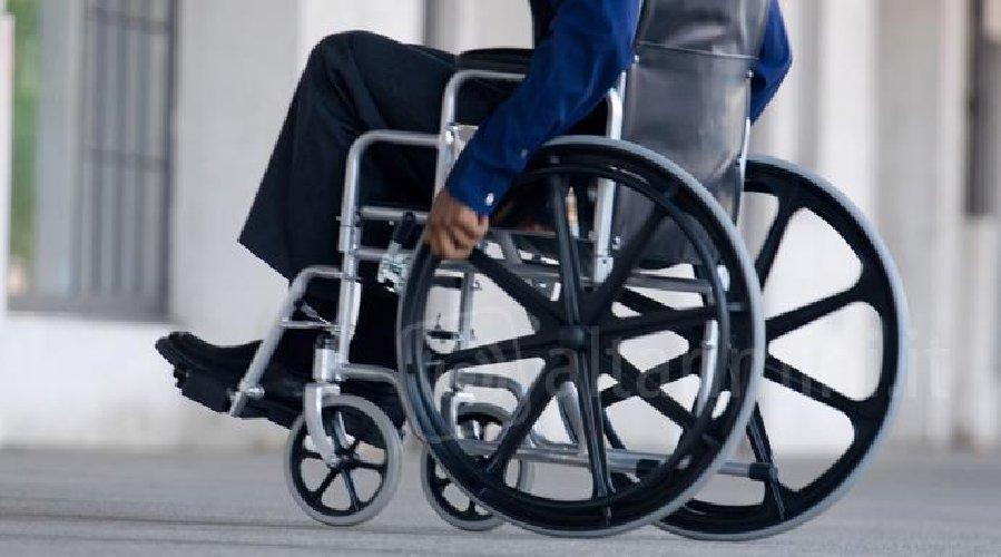 https://www.ragusanews.com//immagini_articoli/24-04-2018/ragusa-contributo-economico-disabili-gravissimi-500.jpg