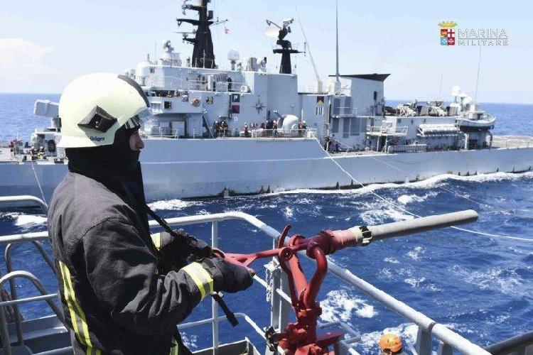 https://www.ragusanews.com//immagini_articoli/24-04-2019/esercitazione-militare-a-marina-di-modica-divieti-fino-al-30-maggio-500.jpg
