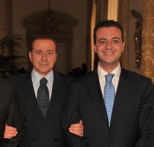 https://www.ragusanews.com//immagini_articoli/24-04-2019/forza-italia-nino-minardo-commissario-a-ragusa-500.jpg