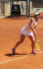 https://www.ragusanews.com//immagini_articoli/24-05-2018/affermazione-giulia-adamo-internazionali-tennis-240.jpg