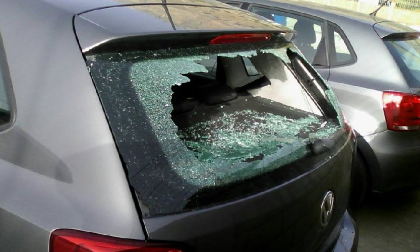 https://www.ragusanews.com//immagini_articoli/24-05-2018/danneggiava-continuamente-auto-professionista-modica-denunciato-500.jpg