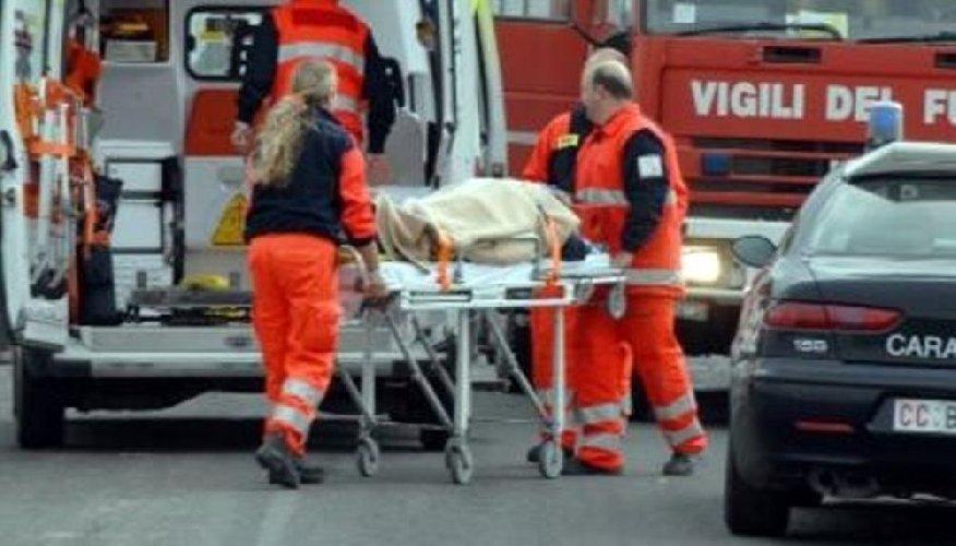 https://www.ragusanews.com//immagini_articoli/24-05-2018/incidente-scoglitti-feriti-500.jpg