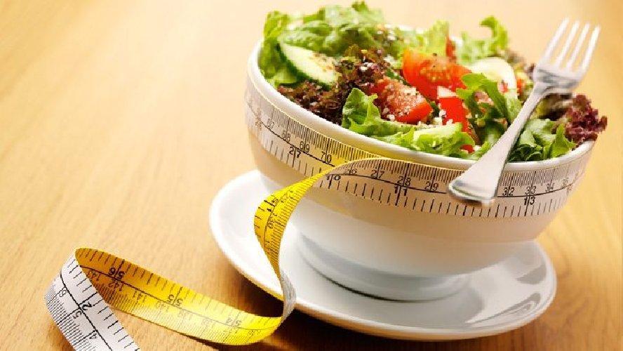 https://www.ragusanews.com//immagini_articoli/24-05-2019/dieta-chetogenica-dei-21-giorni-dimagrire-velocemente-500.jpg