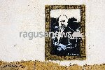 https://www.ragusanews.com//immagini_articoli/24-05-2019/monnalisa-no-montalbano-se-il-commissario-diventa-gioconda-100.jpg
