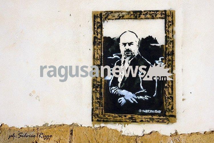 https://www.ragusanews.com//immagini_articoli/24-05-2019/monnalisa-no-montalbano-se-il-commissario-diventa-gioconda-500.jpg