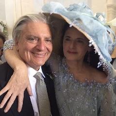 https://www.ragusanews.com//immagini_articoli/24-06-2017/luisa-beccaria-sposata-figlia-lucilla-240.jpg