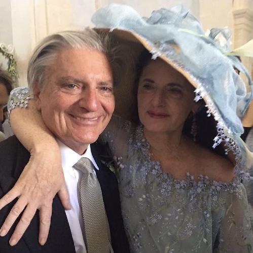 http://www.ragusanews.com//immagini_articoli/24-06-2017/luisa-beccaria-sposata-figlia-lucilla-500.jpg