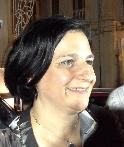 https://www.ragusanews.com//immagini_articoli/24-06-2018/maria-rita-schembari-sindaco-comiso-500.jpg
