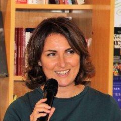 https://www.ragusanews.com//immagini_articoli/24-06-2019/cristina-cassar-scalia-a-maria-di-ragusa-240.jpg