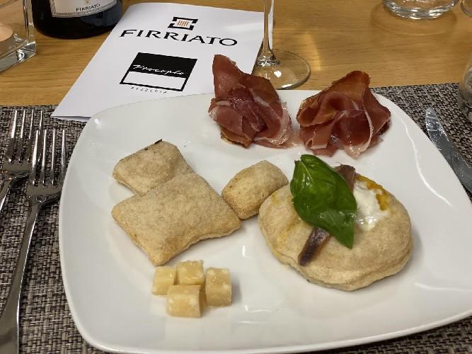 https://www.ragusanews.com//immagini_articoli/24-06-2021/1624524738-a-palermo-pizze-con-farine-di-antichi-grani-siciliani-1-500.jpg