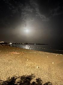 https://www.ragusanews.com//immagini_articoli/24-06-2021/la-superluna-fragola-a-marina-di-modica-280.jpg