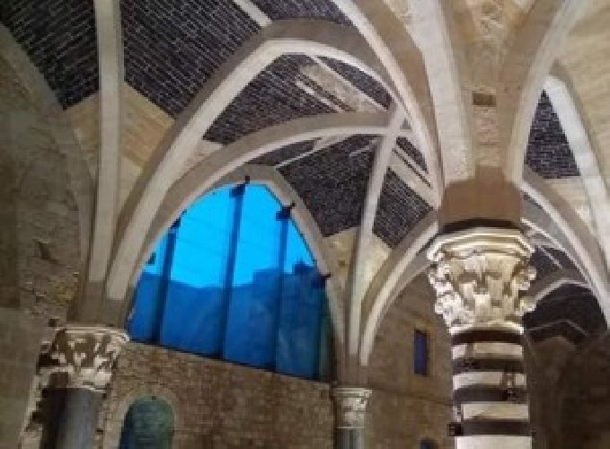https://www.ragusanews.com//immagini_articoli/24-07-2018/riapre-sala-ipostila-castello-maniace-500.jpg