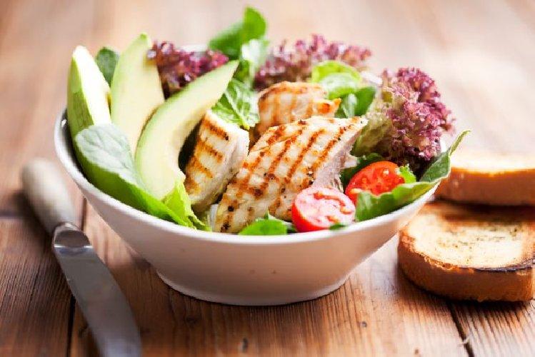 https://www.ragusanews.com//immagini_articoli/24-07-2019/la-dieta-proteica-per-dimagrire-in-fretta-500.jpg