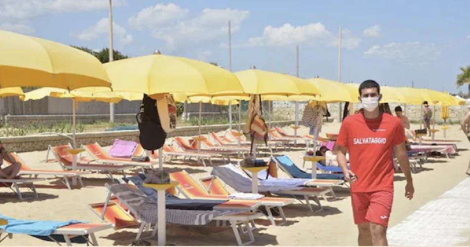 https://www.ragusanews.com//immagini_articoli/24-07-2021/24-luglio-6-morti-covid-in-italia-di-cui-500.jpg