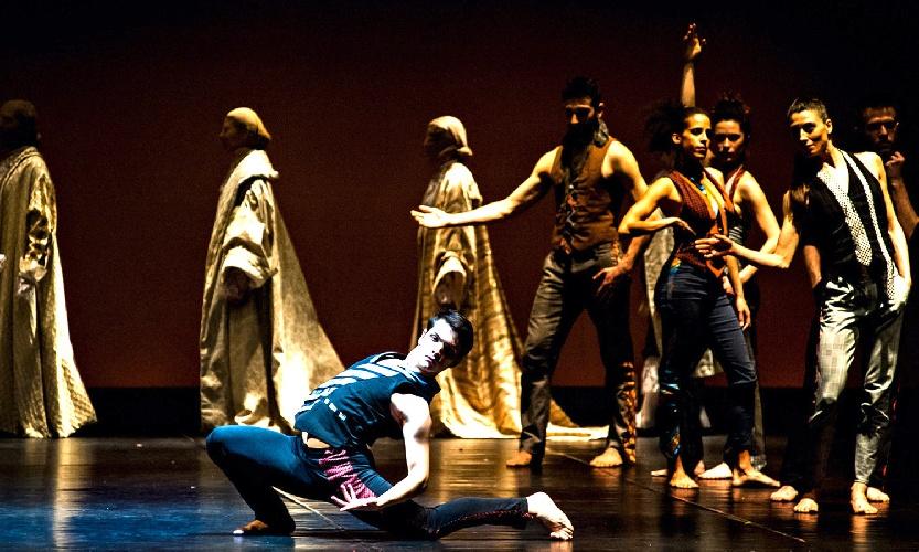 https://www.ragusanews.com//immagini_articoli/24-07-2021/danzart-festival-a-villa-tedeschi-a-pozzallo-500.jpg