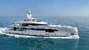https://www.ragusanews.com//immagini_articoli/24-07-2021/lo-yacht-home-ha-lasciato-siracusa-100.jpg