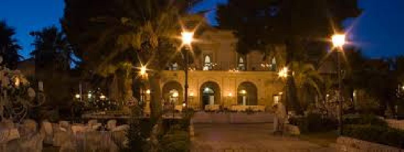 https://www.ragusanews.com//immagini_articoli/24-08-2017/villa-anna-appuntamento-tango-500.jpg