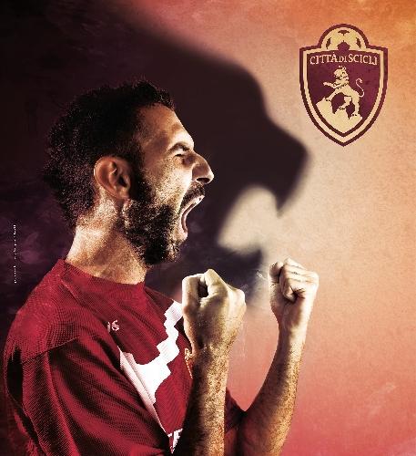 https://www.ragusanews.com//immagini_articoli/24-09-2014/a-scicli-si-risveglia-il-leone-del-calcio-a-5-500.jpg