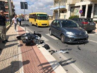 https://www.ragusanews.com//immagini_articoli/24-09-2018/comiso-incidente-ferito-motociclista-240.jpg