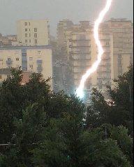 https://www.ragusanews.com//immagini_articoli/24-09-2018/meteo-arriva-maltempo-sicilia-240.jpg