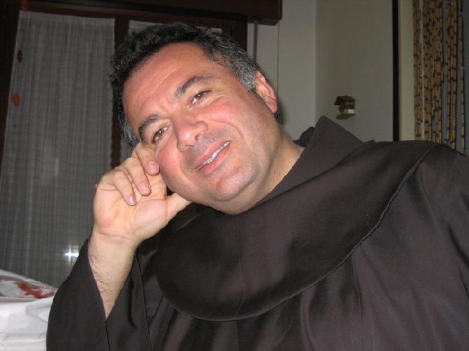 http://www.ragusanews.com//immagini_articoli/24-10-2014/un-pozzallese-custodisce-la-chiesa-in-cui-e-morto-san-francesco-500.jpg