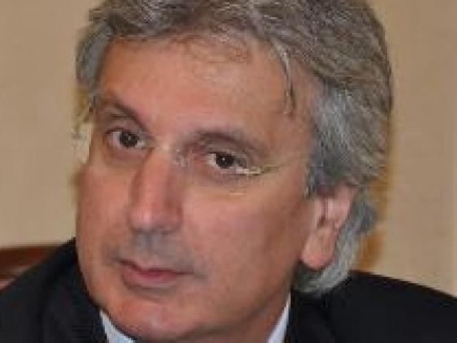 http://www.ragusanews.com//immagini_articoli/24-10-2015/ospedale-udc-gucciardi-ha-stoppato-lorenzin-500.jpg