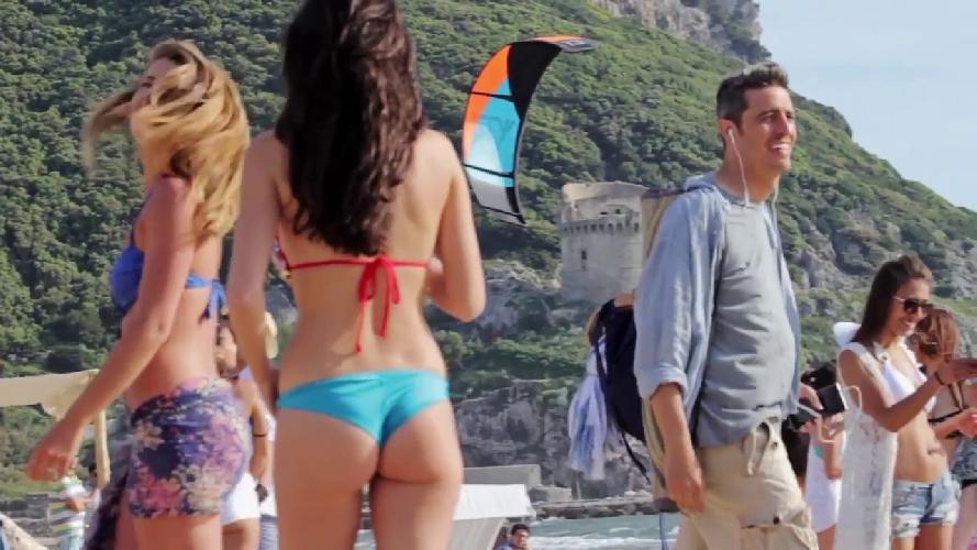 http://www.ragusanews.com//immagini_articoli/24-10-2015/pif-gira-in-sicilia-il-nuovo-spot-di-tim-500.jpg