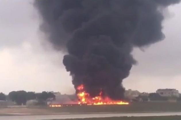 http://www.ragusanews.com//immagini_articoli/24-10-2016/malta-cade-un-aereo-5-morti-420.jpg