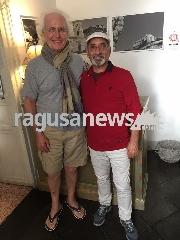 http://www.ragusanews.com//immagini_articoli/24-10-2017/luciano-benetton-sciclitano-240.jpg