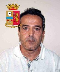 https://www.ragusanews.com//immagini_articoli/24-10-2019/1571943019-le-mani-mafia-riuso-plastica-i-volti-arrestati-1-240.jpg