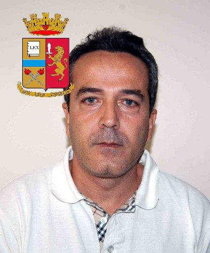https://www.ragusanews.com//immagini_articoli/24-10-2019/1571943019-le-mani-mafia-riuso-plastica-i-volti-arrestati-1-500.jpg