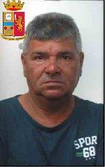 https://www.ragusanews.com//immagini_articoli/24-10-2019/1571943158-le-mani-mafia-riuso-plastica-i-volti-arrestati-3-240.jpg