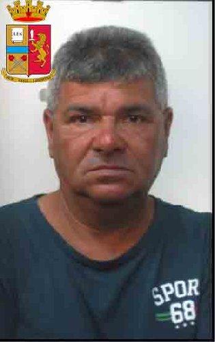 https://www.ragusanews.com//immagini_articoli/24-10-2019/1571943158-le-mani-mafia-riuso-plastica-i-volti-arrestati-3-500.jpg