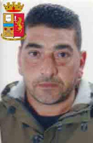 https://www.ragusanews.com//immagini_articoli/24-10-2019/1571943158-le-mani-mafia-riuso-plastica-i-volti-arrestati-4-500.jpg