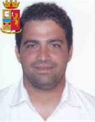 https://www.ragusanews.com//immagini_articoli/24-10-2019/1571943268-le-mani-mafia-riuso-plastica-i-volti-arrestati-4-240.jpg