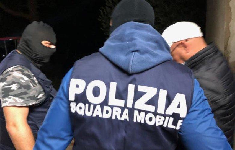 https://www.ragusanews.com//immagini_articoli/24-10-2019/le-mani-mafia-plastica-a-vittoria-chiesto-sequestro-5-aziende-500.jpg