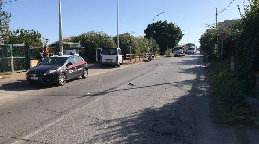 https://www.ragusanews.com//immagini_articoli/24-10-2020/furgone-contro-scooter-muore-15enne-500.jpg
