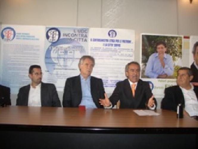 https://www.ragusanews.com//immagini_articoli/24-11-2007/on-ragusa-se-busacca-depotenziato-mi-dimetto-dall-udc-500.jpg
