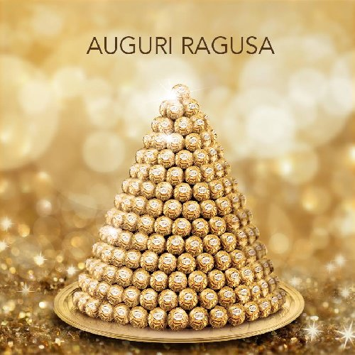 http://www.ragusanews.com//immagini_articoli/24-12-2017/cara-ragusa-tanti-auguri-ferrero-rocher-500.jpg
