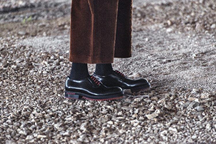 https://www.ragusanews.com//immagini_articoli/24-12-2019/1577467703-a-modica-la-scarpa-di-qualita-si-chiama-lamone-1-500.jpg