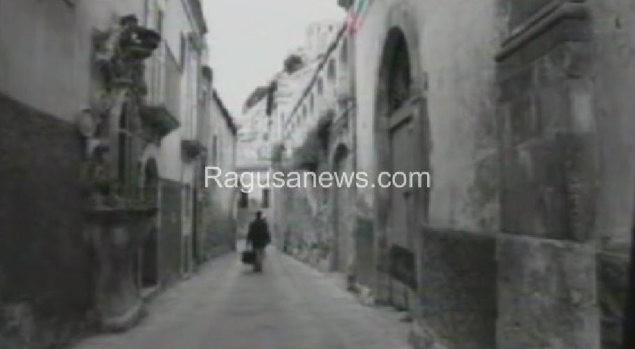 https://www.ragusanews.com//immagini_articoli/25-01-2016/l-amore-di-ettore-scola-per-scicli-e-ragusa-video-500.jpg