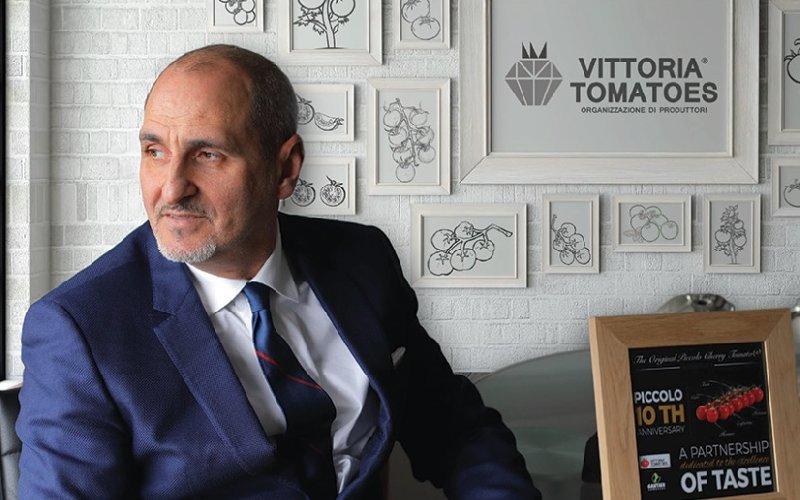 https://www.ragusanews.com//immagini_articoli/25-01-2020/l-azienda-iblea-vittoria-tomatoes-premiata-a-genova-500.jpg