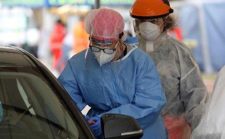 https://www.ragusanews.com//immagini_articoli/25-01-2021/covid-il-bollettino-del-25-gennaio-in-sicilia-885-nuovi-casi-e-34-morti-280.jpg