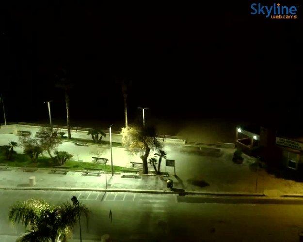 https://www.ragusanews.com//immagini_articoli/25-01-2021/sicilia-in-semi-lockdown-tutti-a-casa-ma-solo-al-tramonto-video-500.jpg