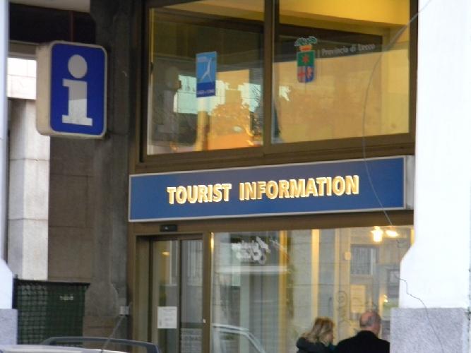 http://www.ragusanews.com//immagini_articoli/25-02-2014/quanto-e-quando-e-aperto-lufficio-turistico-di-modica-500.jpg