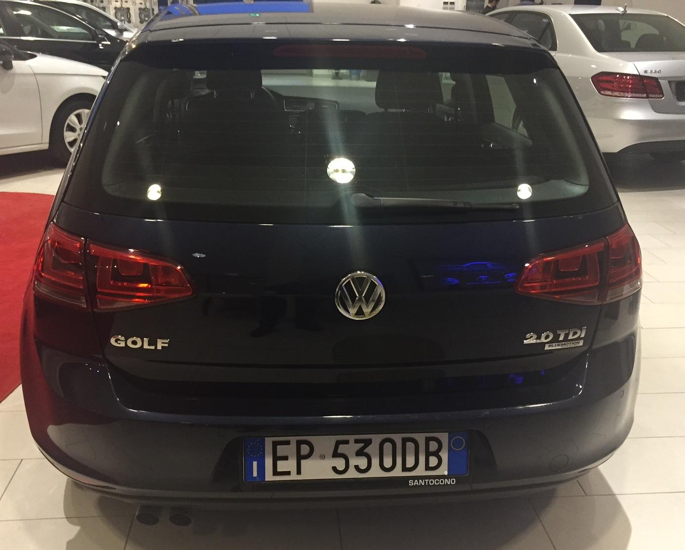 https://www.ragusanews.com//immagini_articoli/25-02-2015/1424857539-3-una-golf-7-turbo-diesel-da-santocono-auto.jpg
