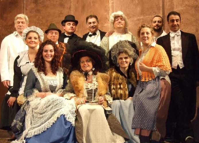 https://www.ragusanews.com//immagini_articoli/25-02-2015/casa-campagna-in-teatro-a-ragusa-500.jpg